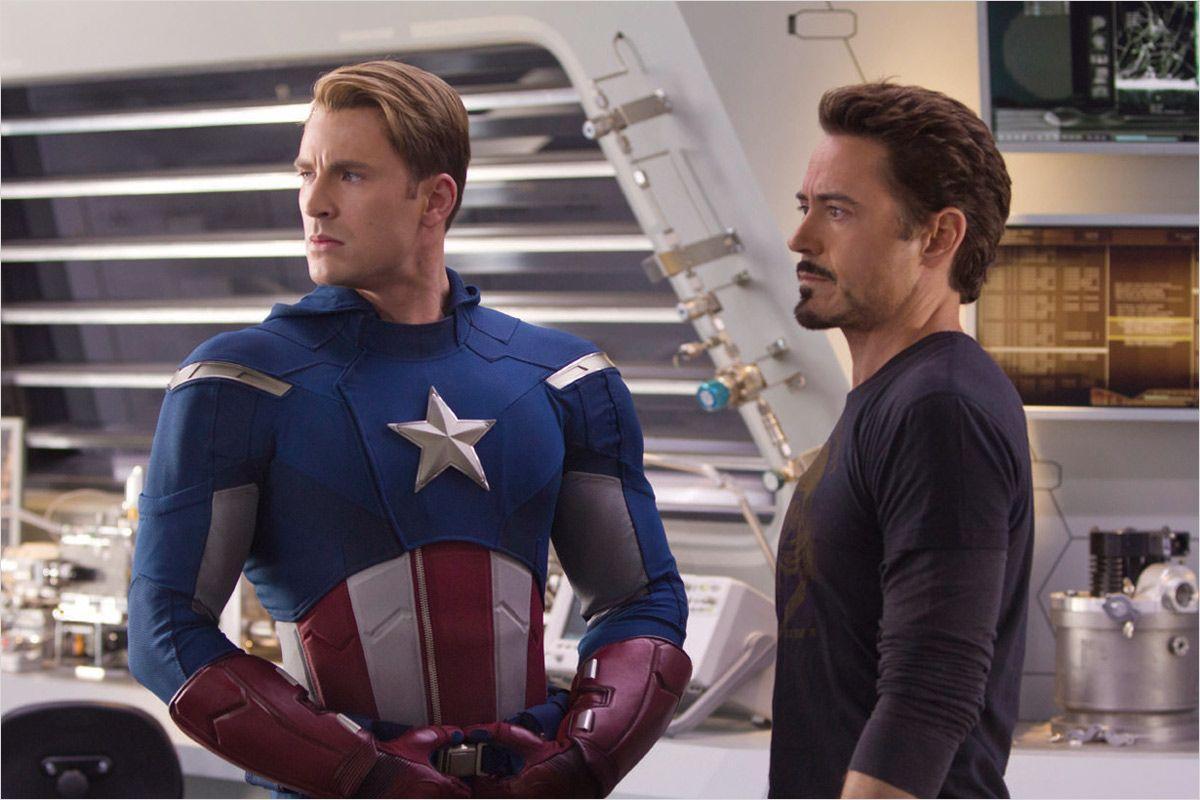 Avengers - photo Joss Whedon, Robert Downey Jr.
